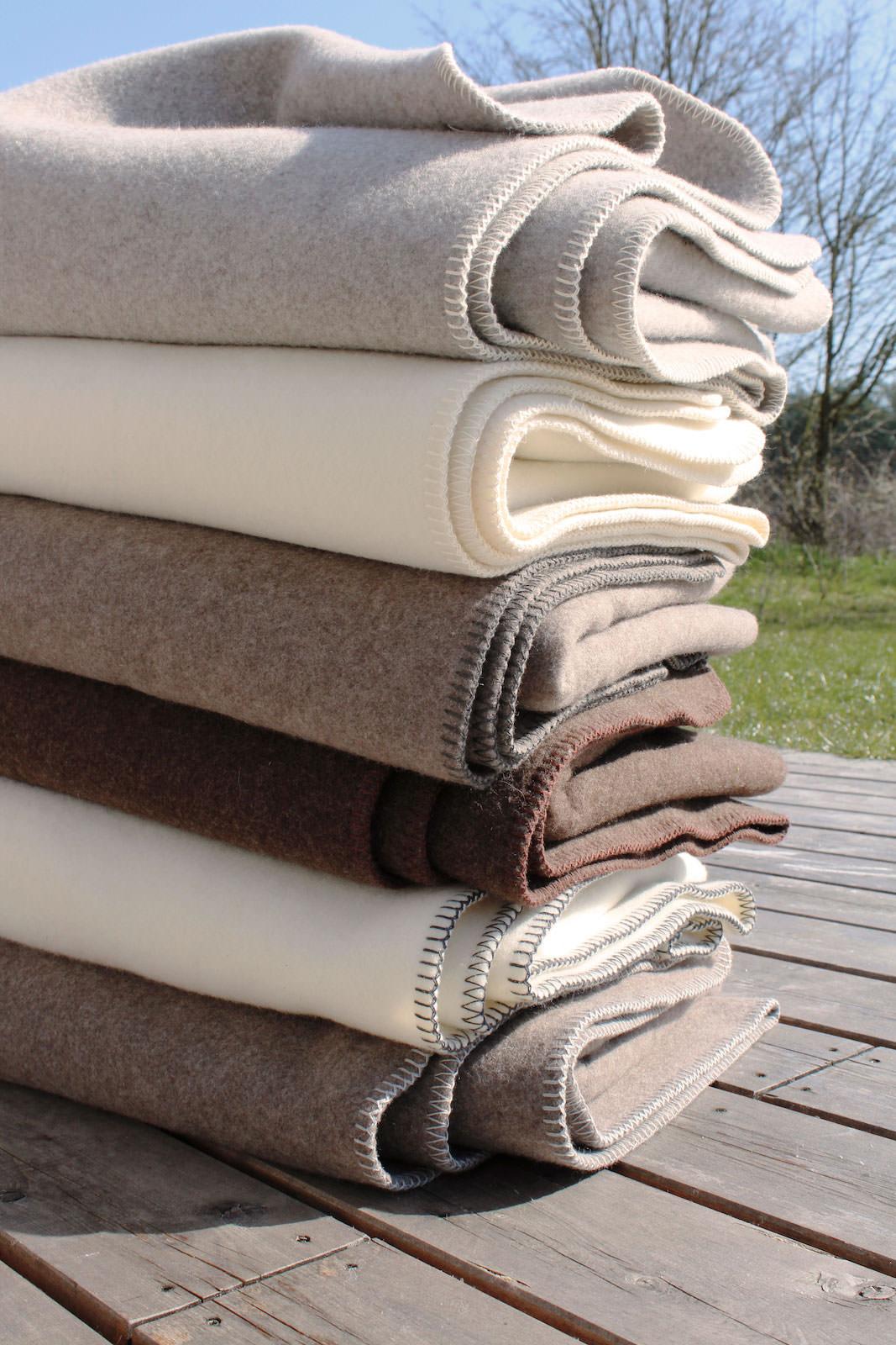 Die halbe Decke – Merino-Decke 100 cm x 155 cm (800 g)